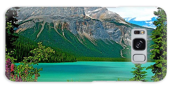 Emerald Lake In Yoho Np-bc Galaxy Case