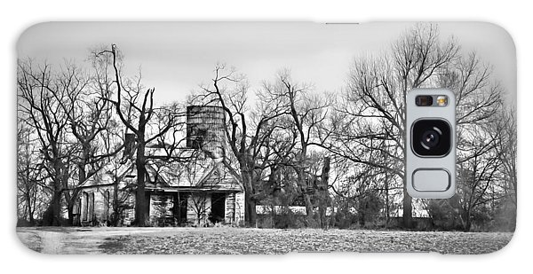 End Of The Road Farmhouse In Bw Galaxy Case by Greg Jackson