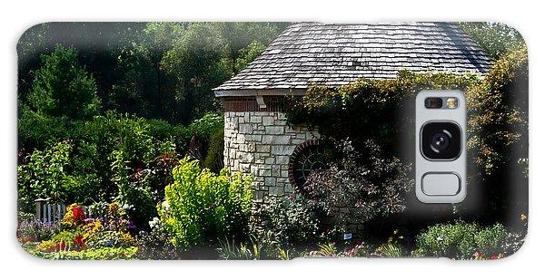 English Cottage Garden Galaxy Case
