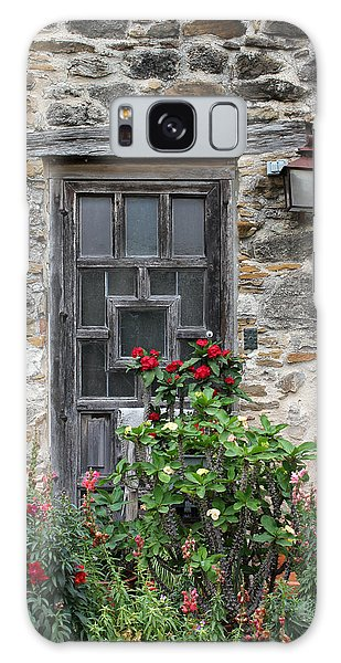 Espada Doorway With Flowers Galaxy Case