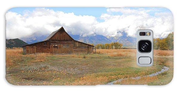 Fall At Moulton Barn Galaxy Case