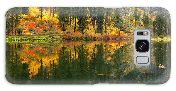 Fall Colors - Tumwater Canyon Galaxy Case