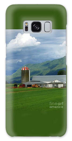 Farm In The Valley Galaxy Case