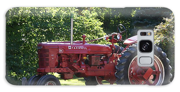 Farmall's End Of Day Galaxy Case