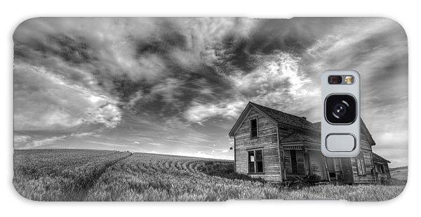 Contour Galaxy Case - Farmhouse B And W by Latah Trail Foundation