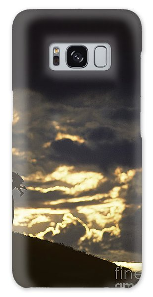 Father Holding Daughter Above His Head Along Hillside Silhouette Galaxy Case