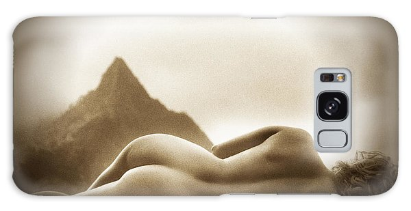 Female Nude At Mt. Pali Hawaii Galaxy Case