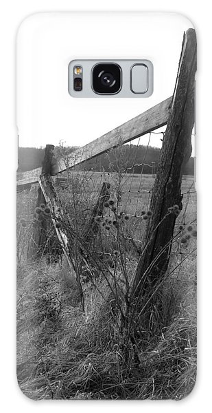 Fences Black And White I Galaxy Case