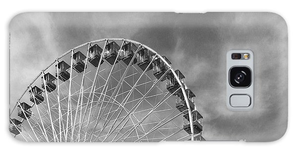 Ferris Wheel Black And White Galaxy Case