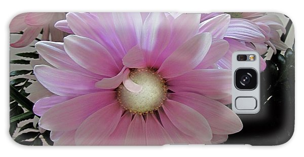 Florescence In Lavender Pink Galaxy Case