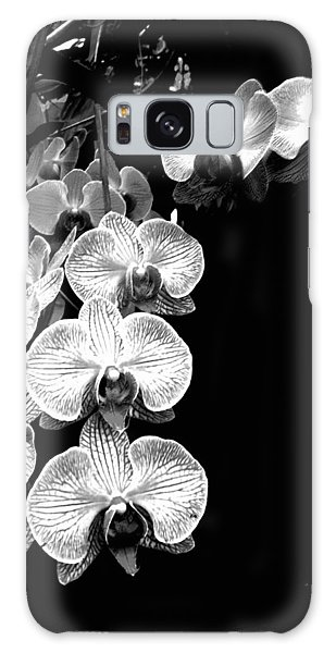 Flowers In Black And White Galaxy Case