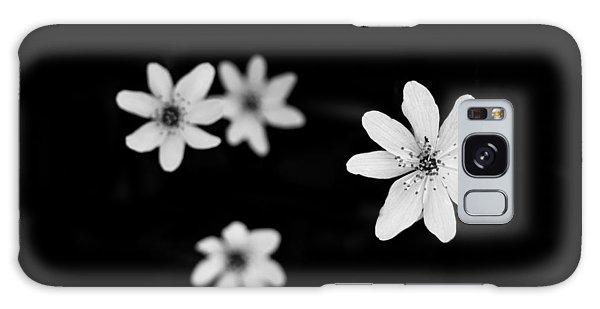 Flowers In Black Galaxy Case