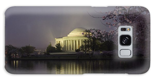 Foggy Morning At The Jefferson Memorial 1 Galaxy Case