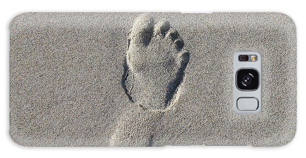 Footprint In The Sand Galaxy Case by Ellen Meakin