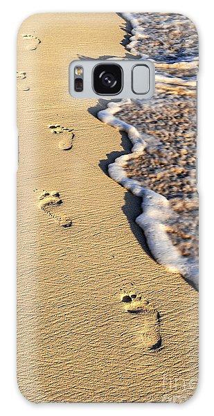 Beaches Galaxy Case - Footprints On Beach by Elena Elisseeva