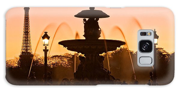 Galaxy Case featuring the photograph Fountain On Place De La Concorde At Dusk / Paris by Barry O Carroll