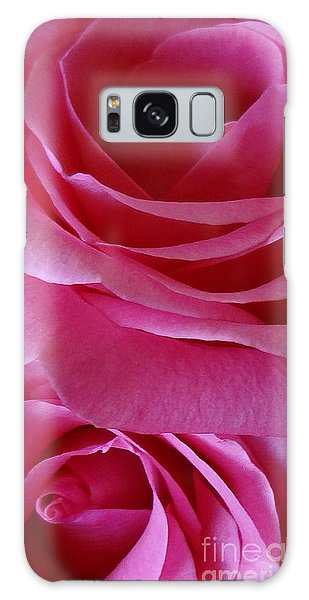 Face Of Roses 3 Galaxy Case
