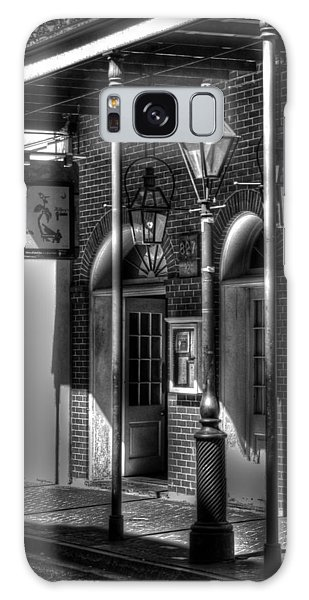 French Quarter Street Lamp In Black And White Galaxy Case