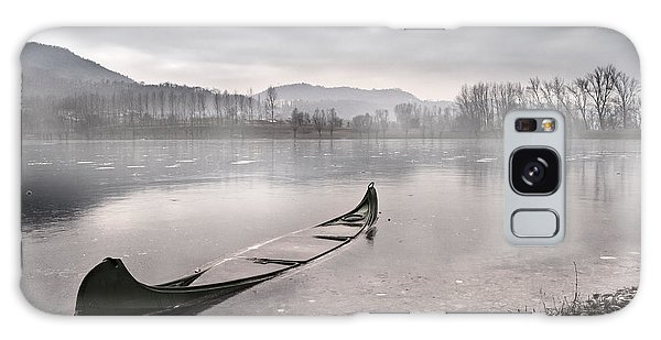 Boat Galaxy S8 Case - Frozen Day by Yuri Santin