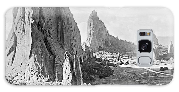 Galaxy Case - Garden Of The Gods 1915 by A Gurmankin