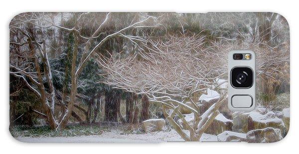 Garden Scene During Winter Snow At Sayen Gardens 2 Galaxy Case