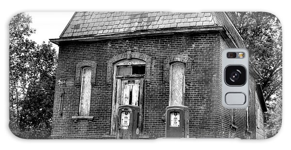 Gas At 41 Cents A Gallon Bw Galaxy Case by John Nielsen