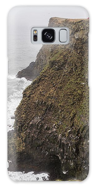 Hunting Island Galaxy Case - Gathering Guillemot Eggs On Cliffs by Panoramic Images