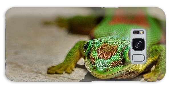 Gecko Portrait Galaxy Case by Linda Villers