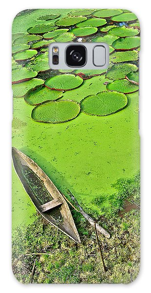Giant Water Lilies And A Dugout Canoe In Amazon Jungle-peru Galaxy Case