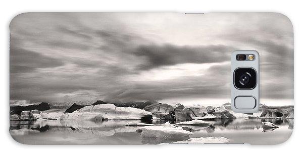 Glacier Lagoon II Galaxy Case