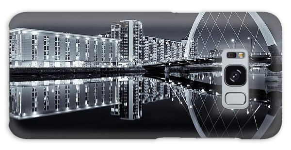 Glasgow In Black And White Galaxy Case
