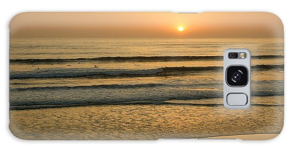 Golden California Sunset - Ocean Waves Sun And Surfers Galaxy Case