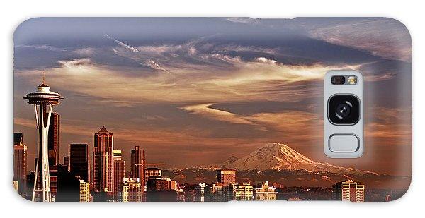 Golden Seattle Galaxy Case