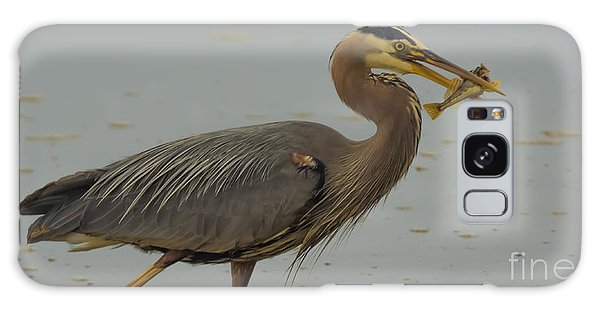 Great Blue Herron Eating Fish Galaxy Case