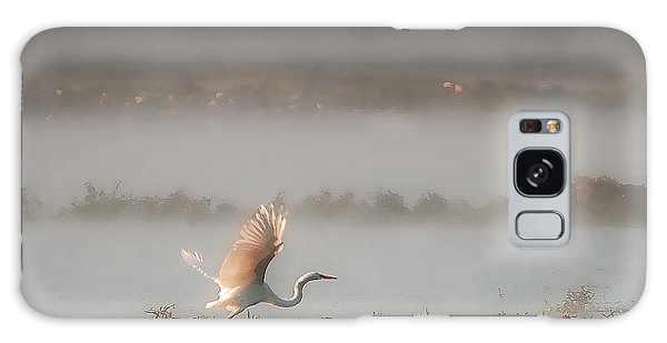 Great White Heron In Morning Mist Galaxy Case
