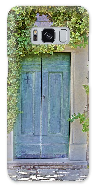 Green Wood Door Of Tuscany Galaxy Case
