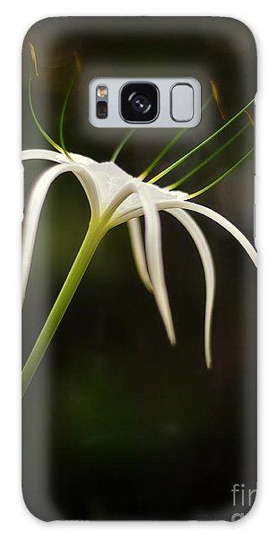 White Spider Flower Galaxy Case