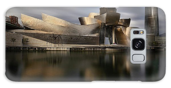 Gehry Galaxy Case - Guggen by Patxi P?rez