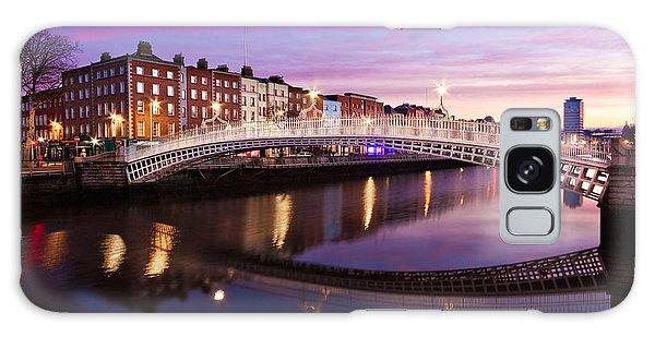 Galaxy Case featuring the photograph Hapenny Bridge At Dawn - Dublin by Barry O Carroll