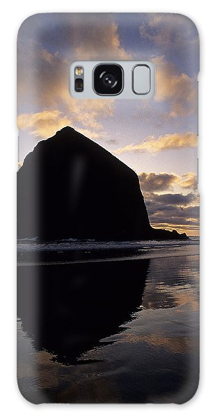 Haystack Rock Galaxy Case