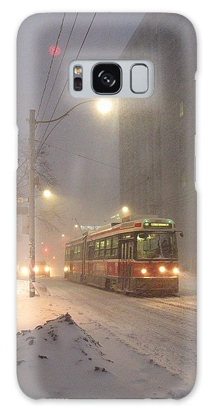 Heading Home In The Snowstorm Galaxy Case