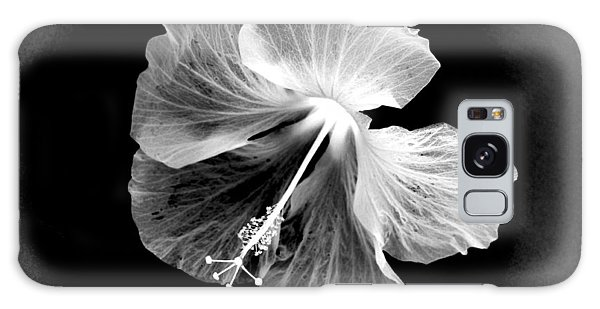 Hibiscus In Black And White Galaxy Case