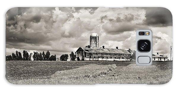 Hilltop Barn Under Storm Clouds 2 Bw Galaxy Case by Greg Jackson