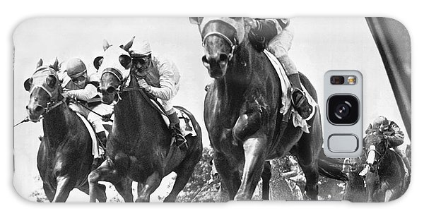 Horse Racing At Belmont Park Galaxy Case by Underwood Archives