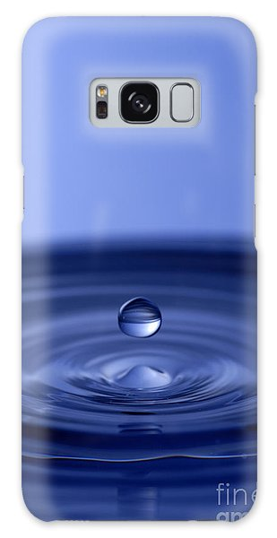 Hovering Blue Water Drop Galaxy Case