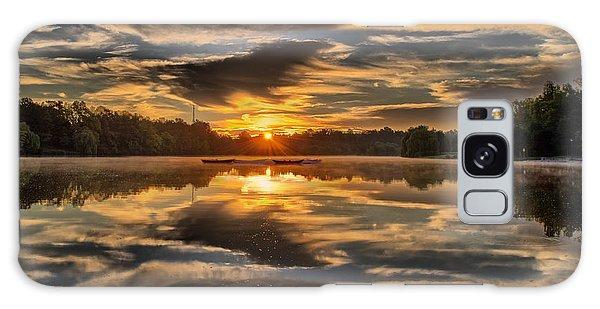 Hoyt Lake Sunrise Galaxy Case