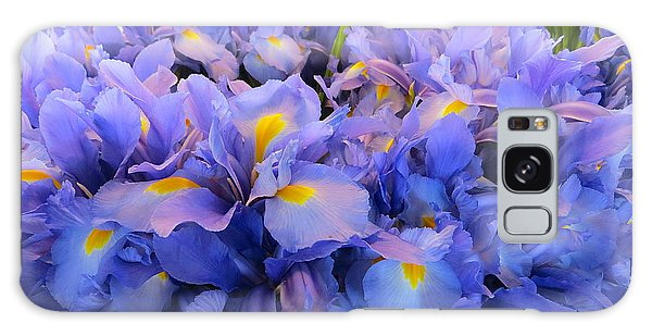 Huddling Iris Galaxy Case
