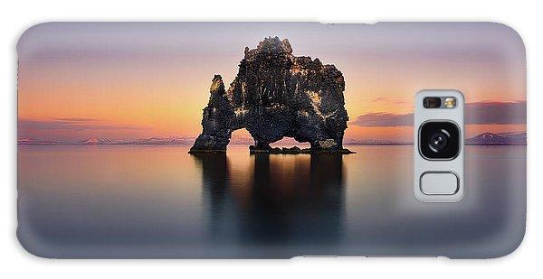 Iceland Galaxy S8 Case - Hvitserkur - The Stone Rhino by Jes??s M. Garc??a