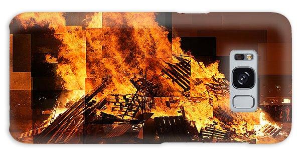 Iceland Bonfire Galaxy Case
