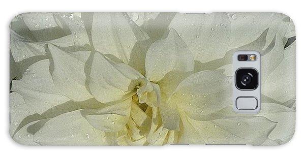 Innocent White Dahlia  Galaxy Case by Susan Garren